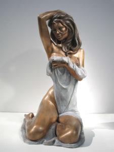 Bronze-statue-of-woman-figurines-artistic-nudes-Dafne-a-year-2001-sl