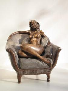 Bronze-statue-of-woman-figurines-artistic-nudes-Nude-on-divan-year2000-sl