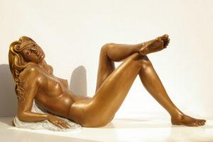 Bronze-statues-of-women-sculptures-artistic-nudes-Chiara-cm-35x77x31-year2008-sl