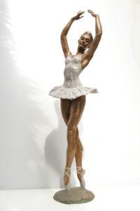 Ballerina-statue-bronze-ballet-dancer-sculpture-Classical-Ballerina-a-cod.150-cm-85-x-23-x-20-year2004