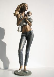 Bronze Mother and child statue woman sculptures Motherhood Mother Denjse blond woman with glasses bearing a child