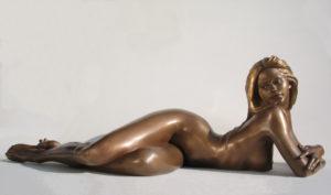 Bronze-statues-of-women-sculptures-artistic-nudes-vittorio-tessaro-Eva-2