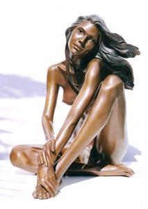 Bronze-statues-of-women-sculptures-artistic-female-nudes-code-134-Romantic-b-cm55x45x40-year-2002
