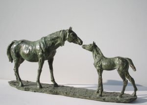 Sculptures-of-animals-horses-statuettes-in-bronze-code-55-Mare-With-Colt-b-cm52x23x11-year-1995