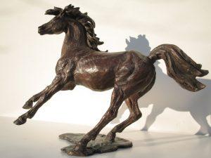Sculptures-of-animals-horses-statuettes-in-bronze-code-71-Running-Horse-b-cm-27x35x15-year-1998
