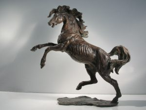 Sculptures-of-animals-horses-statuettes-in-bronze-code-78-Horse_In_The_Wind-cm32x34x10-year-1998