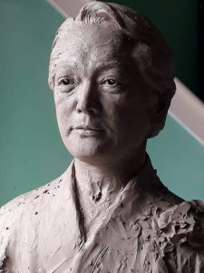 bronze-bust-custom-sculptures-statue-from-photo-personalized-memorial-statue-07
