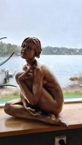 Katja-sculptures-of-women-lady-woman-statue-girls-artistic-nudes-naked